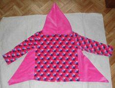 Zipfelpulli aus Glücksklee-Frottee und rosa Nicki Gr. 104/110