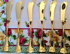 Royal Albert Old Country Roses Spreader Knives Stainless Steel Flatware Set of Gold Flatware, Flatware Set, Stainless Steel Flatware, China Patterns, Royal Doulton, Royal Albert, China Dinnerware, Fine China, The Dish