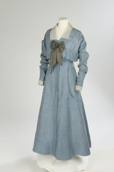 """Linen day dress with silk organza, c. 1912-14. Worn as a """"seaside"""" dress. © Victoria and Albert Museum, London. See: http://collections.vam.ac.uk/item/O14022/day-dress-unknown/"""