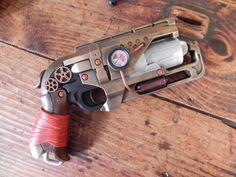 Hammershot steamp Steampunk Gun, Sci Fi Weapons, Steam Punk, Hand Guns, Nerf, Goodies, Cosplay, Sweet Like Candy, Pistols