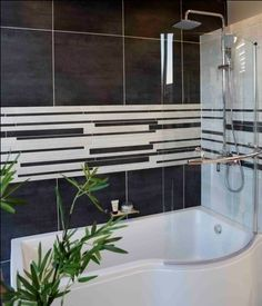 A bath-and-shower combination is perfect for a bathroom where space is at a premium. Create a stunning feature wall with narrow tile inserts Be Perfect, Small Bathroom, Design Trends, Showers, Tile, Space, Create, House, Ideas