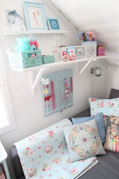Slaapkamer hannah on pinterest wall stickers teen girl bedrooms an - Meisjes slaapkamer deco ...
