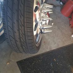 24s and spikes