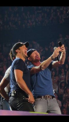 Luke Bryan- can he get any cuter???  I think not! :) :)