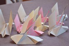 Le DIY de janvier: une jolie guirlande d'oiseau en origami pour une chambre d'enfant - Mon Atelier Déco