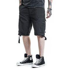 """#Pantaloncini in stile Vintage """"Vintage Shorts"""" della collezione Black Premium by EMP neri, lunghi fino al ginocchio con tasche laterali e taglio Loose Fit."""