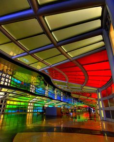 Neon Traveler posted this picture.  O'Hare Airport - Chicago. I love this installment for it's visuals as well as it's plinky-plunky music. It's like a crowd sedation.