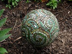 https://flic.kr/p/35M8Y9 | Margaret Almon's first bowling ball mosaic | Stained glass, glass tile, smalti, millefiori, ceramic on a bowling ball. By Margaret Almon