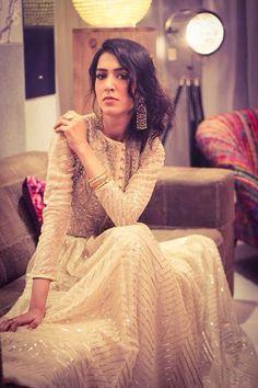 Mansha Pasha, hosting Red Carpet of Fashion Pakistan Week wearing Fahad Hussayn& latest design right out of the ramp! Looking SOOO beautiful! Pakistani Wedding Dresses, Pakistani Bridal, Pakistani Outfits, Indian Bridal, Indian Dresses, Indian Outfits, Bridal Dresses, Party Dresses, Pakistani Couture