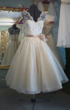 Custom Size New Tea Length V Neck Short Lace White/Ivory Wedding Dress Gown