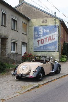 Citroen Traction, French Signs, Old Brick Wall, Old Bricks, Old Signs, France, Advertising Signs, Gas Station, Public Art