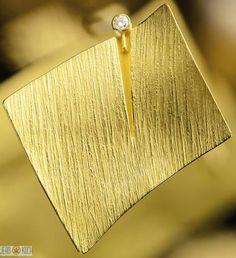 Atelier Reister - Brosche aus 750/- Gold 750/- mit einem Brillanten Top/wesselton v vsi.