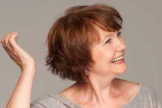 Pixie Bob Cut für ältere Frauen