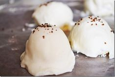 Rum Chata Truffles...love Rum Chata!!! @Erica Cerulo Roberts is this excessive? Lol I think not