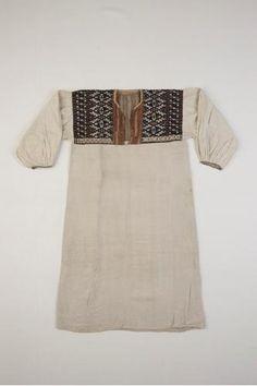 naisen paita, rätsinä Venäjä, Pohjois-Inkeri, Tverin Karjala, Länsi-Inkeri