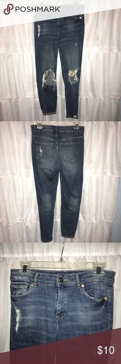 Ripped H&M jeans Ripped mom jean style high waisted jeans from H&M. H&M Jeans Boyfriend