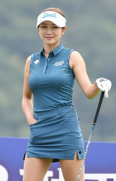 Sexy Golf, Female Stars, Sport Photography, Beautiful Asian Girls, Ladies Golf, Sport Girl, American Women, Sport Fashion, Sports Women