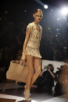 anna selezneva for Gucci spring summer 2011 fashion show