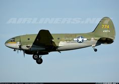 Curtiss C-46F Commando (CW-20B-4) aircraft picture