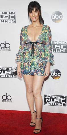 Olivia Munn in a floral mini dress - click through for more best-dressed at the 2016 AMAs Beautiful Celebrities, Gorgeous Women, Beautiful Legs, Sexy Dresses, Nice Dresses, Red Carpet Dresses 2016, Sexy Legs And Heels, American Music Awards, Red Carpet Looks