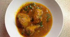 Assalamu alaikum wa rahmatullahi wa barakatuhu!     This recipe is for a classic Pakistani dish - Chicken Karahi. The name comes from the p...