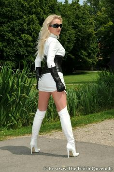 White Leather Boots, White Boots, White Jeans, Latex, Tights, Black And White, Clothes, Beauty, Shoes