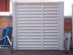 Porta de garagem com chapas de busios.jpg (2048×1536)