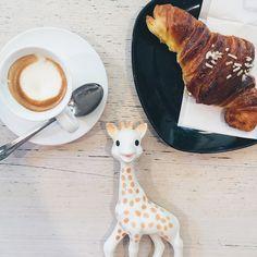 #BreakfastWithSophie at Bar Maratona // @breakfastwithsophie