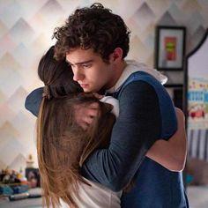 Hearts Are Breaking in the HSMTMTS Season 2 Trailer
