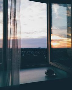 ☕ – square-built-eights Most Beautiful Wallpaper, Sky Aesthetic, Window View, Aesthetic Pictures, The Places Youll Go, Cute Wallpapers, Aesthetic Wallpapers, Cool Pictures, Aquarium