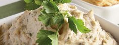 White bean hummus The fresh thyme and basil add a fresh and vibrant taste to this hummus. The pureed cannellini beans are creamy white, which together with the green flecks from the fresh herbs, make this hummus pretty to look at… and scrumptious. Plant Based Whole Foods, Plant Based Eating, Plant Based Diet, Plant Based Recipes, Vegan Appetizers, Vegan Snacks, Healthy Snacks, Healthy Hummus Recipe, White Bean Hummus