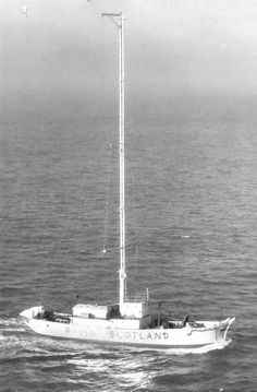 Pirate Radio SCOTLAND broadcast from the ship 'Comet' off the coast at Dunbar between January 1966 and June 1967 on 238 and 242 meters medium wave. Medium Waves, Short Waves, Radios, Tower Of Power, Old Time Radio, Music Radio, North Sea, Tv On The Radio, Scotland