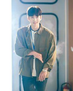 Ji Chang Wook Smile, Ji Chan Wook, Korean Star, Korean Men, Drama Korea, Korean Drama, Asian Actors, Korean Actors, Ji Chang Wook Photoshoot