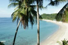 White Beach in Puerto Galera. Not quite Boracay, but so much closer to Manila.
