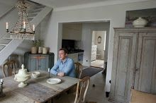 Mäster Henriks: Temahelg.. Arched Interior Doors, Dining Room, Dining Table, Swedish House, Scandinavian Furniture, Elle Decor, Wabi Sabi, Decoration, French Antiques