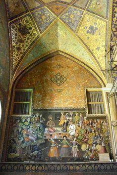 Chehel Sotun (Forty Columns), 16th Century, Esfahan, Iran, 2008  - Courtesy Homa Nasab for MUSEUMVIEWS  Please joinIranica Pictura on Facebook, Pinterest & Tumblr