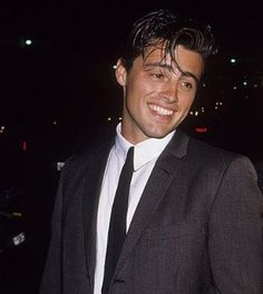 m-a-d-o-n-n-a: Matt LeBlanc attending the Grand… Last make up idea, just another idea of how he could probably look but not exactly. Tv: Friends, Serie Friends, Friends Moments, Friends Tv Show, Joey Tribbiani, Beautiful Boys, Pretty Boys, Friends Wallpaper, Young Actors