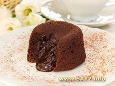 Chocolate fondant (cakes with liquid filling) Chocolate Fondant Cake, Fondant Cakes, Chocolate Desserts, Lava Cake Recipes, Fudge Recipes, Sweet Pastries, Brownie Cake, Baking And Pastry, Russian Recipes