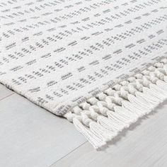 Urban Outfitters Rug, Chip And Joanna Gaines, Washable Rugs, Rug Material, Indoor Rugs, Modern Rugs, Rugs In Living Room, Woven Rug, Rug Making