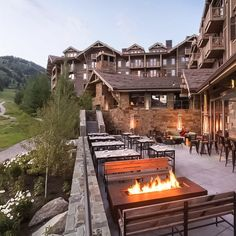 Four Seasons Resort and Residences Jackson Hole (Teton Village, Wyo. Yellowstone Vacation, Yellowstone Park, West Yellowstone Lodging, Yellowstone National Park Hotels, Park Resorts, Best Resorts, Grand Teton National Park, National Parks, Yellowstone Nationalpark