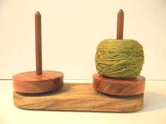 Sun Valley Fibers: double yarn buddy... I would love one of these they look so good