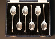 Currently at the #Catawiki auctions: Solid Silver Set of Six Spoons, Sheffield 1958, Mappin & Webb