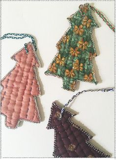 Sari Tree Ornament