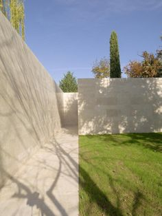 Pietro Carlo Pellegrini Architetto - the Wall of Memory within the cloistered monastery of S.Gemma Galgani in Lucca, Italy.