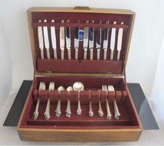 TOWLE Sterling SILVER PLUMES 71pc Feather & Flower Flatware Set