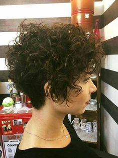 Curly-Short-Hair Best Short Haircuts for 2018-2019