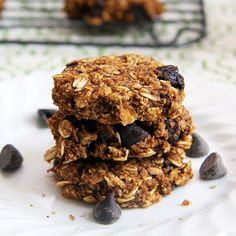 Mix it Up: Pumpkin Chocolate Chip Oatmeal Cookies No sugar, butter or oil. Might taste great with a cup of coffee.