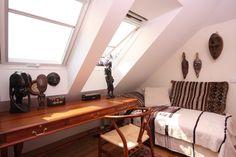 Fotoinšpirácia - stránka 2 Entryway Tables, Furniture, Home Decor, Decoration Home, Room Decor, Home Furnishings, Home Interior Design, Home Decoration, Entry Tables