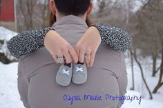 Ideas and inspiration pregnancy and maternity photos    Picture    Description  Winter maternity photo shoot
