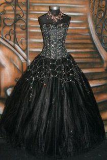 Gothic Wedding Dress! if i EVER got re-married...oooooooooooweeeeee! THIS IS MY DRESS! ha!